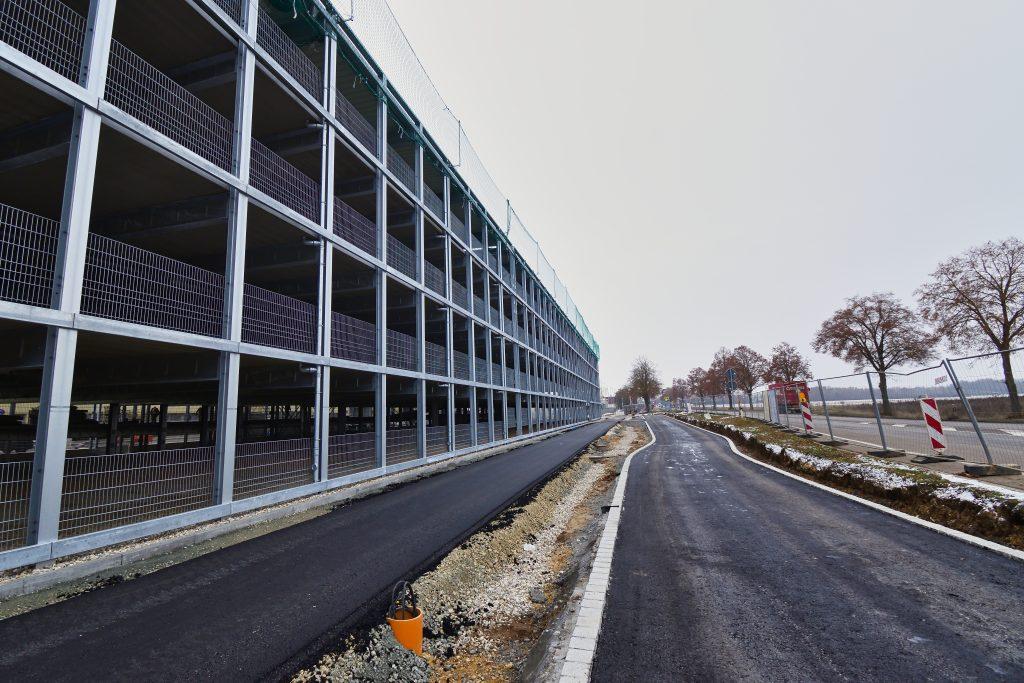 715152_V-Max (Krones) Mitarbeiterparkhaus Neutraubling _Dezember_2020 (21)